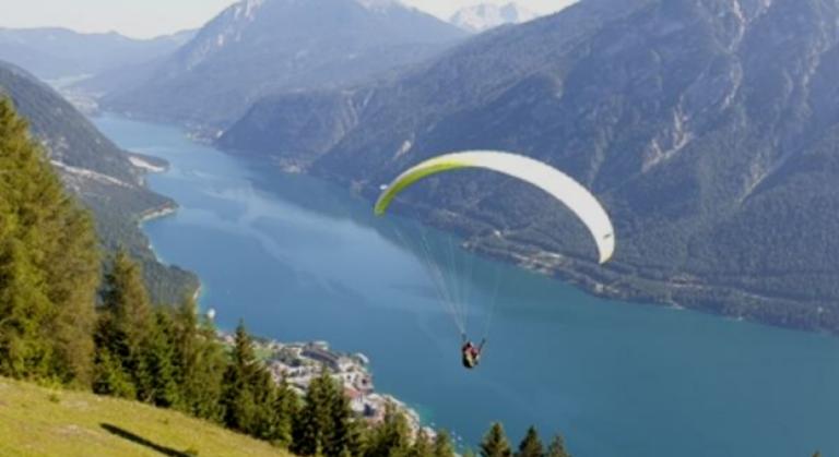 Cloudbase Paragliding 768x419